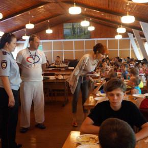 Сотрудники ОМВД России по Петушинскому району провели дополнительное обследование детских загородных оздоровительных лагерей, расположенных на территории района.