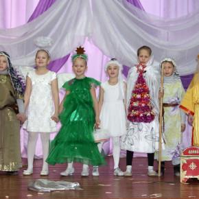 Районный фестиваль «Вифлеемская звезда»  на сцене Центра творчества в г. Покров