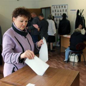 В Покрове прошёл опрос по строительству кольцевой дороги и предварительное голосование «Единой России»