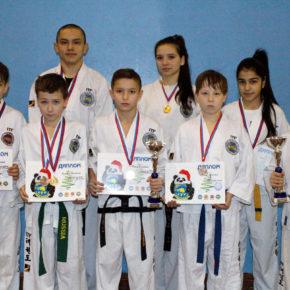 15 медалей привезли в Покров