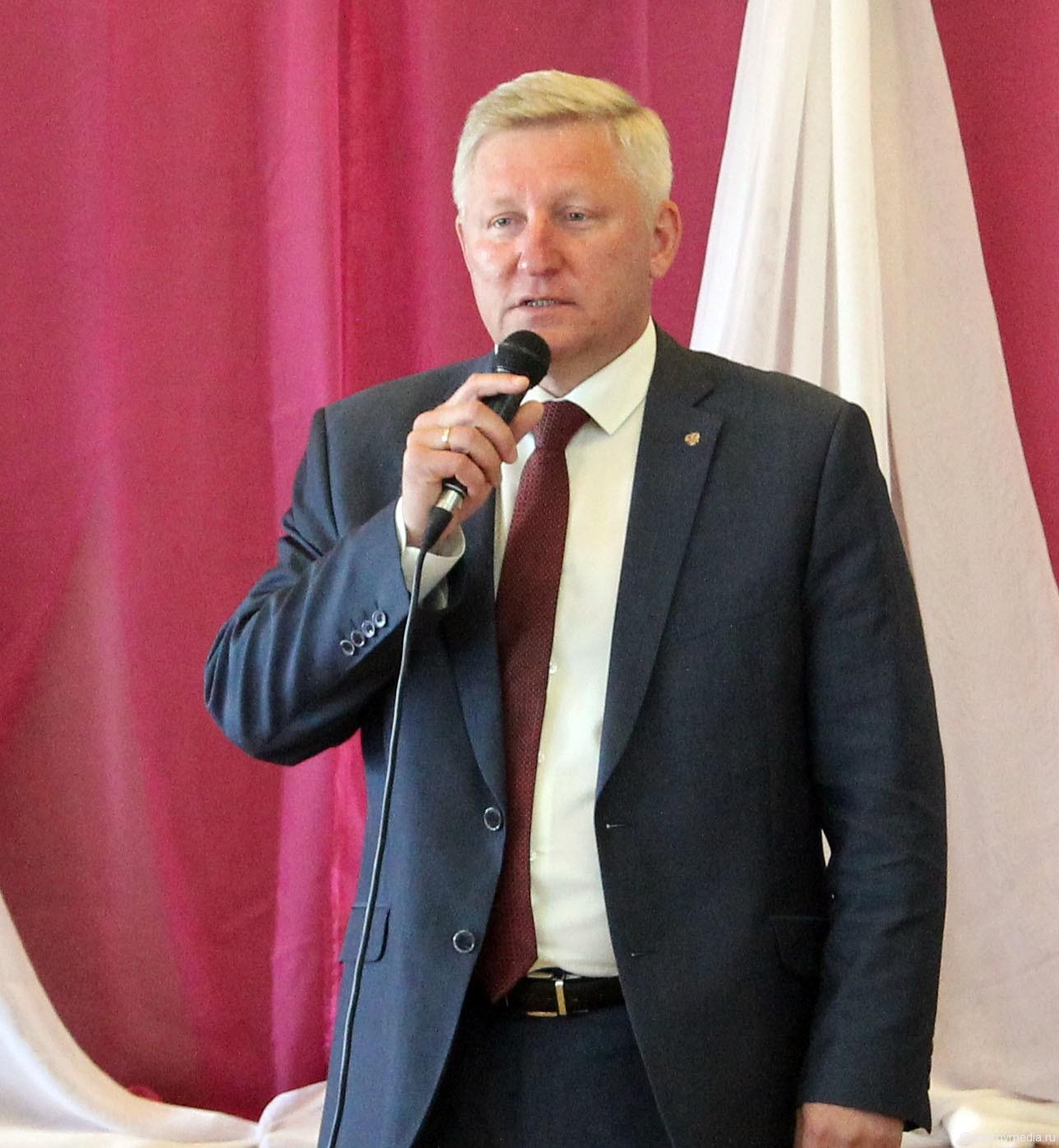 Поздравление от главы Администрации Петушинского района С. Б. Великоцкого.