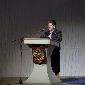 Губернатор Светлана Орлова выступила с ежегодным отчётом о результатах деятельности администрации Владимирской области на заседании Законодательного Собрания.